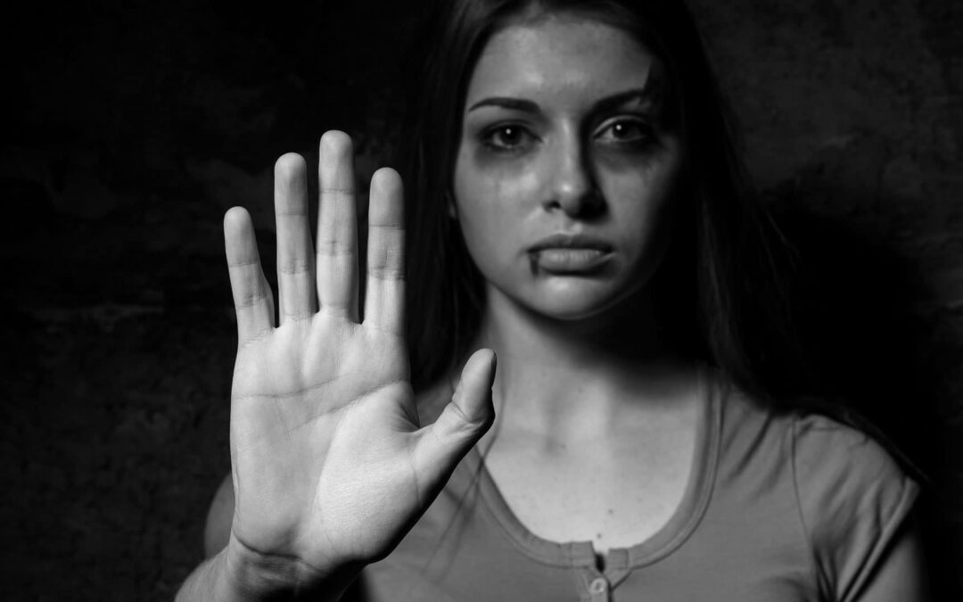 Síndicos e administradores deverão denunciar violência à mulher em condomínios