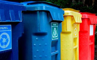 Quer saber como transformar 60 sacos cheios de lixo em 7? Chama o síndico!